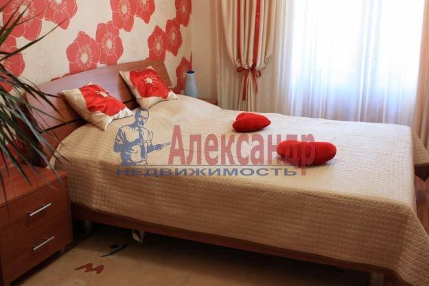 1-комнатная квартира (39м2) в аренду по адресу Вавиловых ул., 7— фото 1 из 3