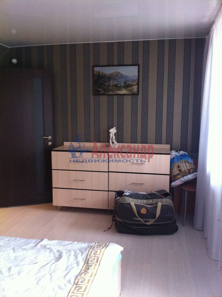 2-комнатная квартира (61м2) в аренду по адресу Луначарского пр., 112— фото 23 из 29