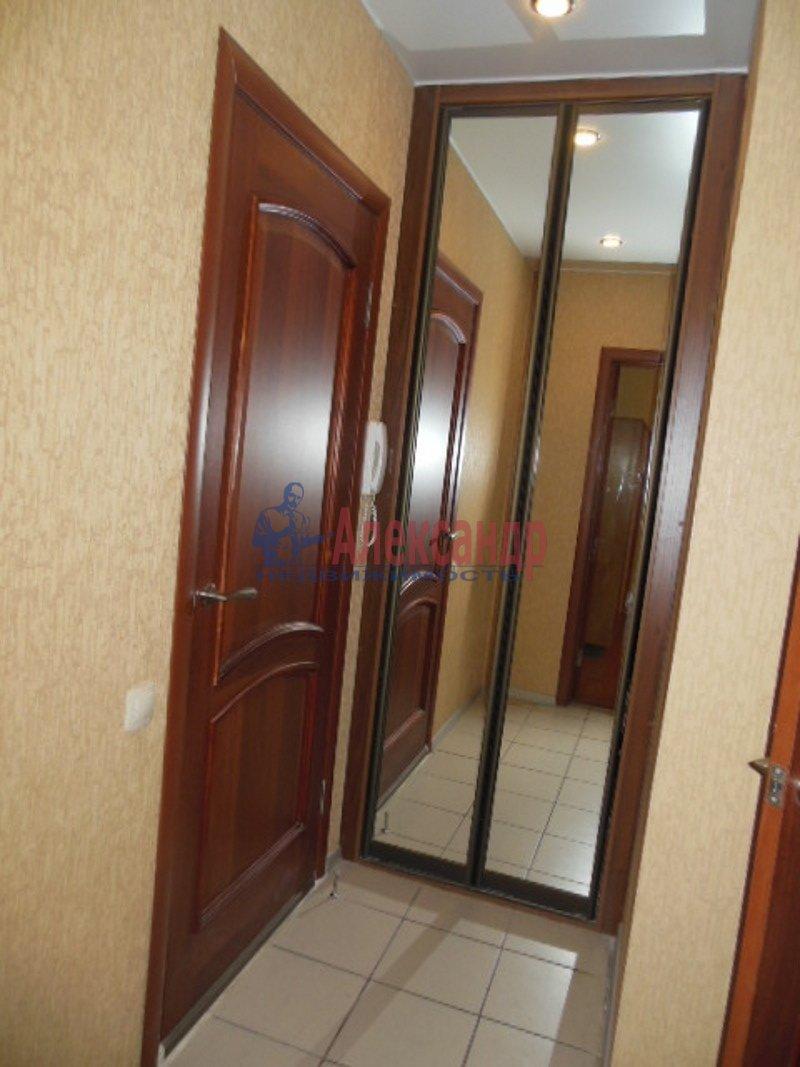1-комнатная квартира (36м2) в аренду по адресу Десантников ул., 32— фото 3 из 8
