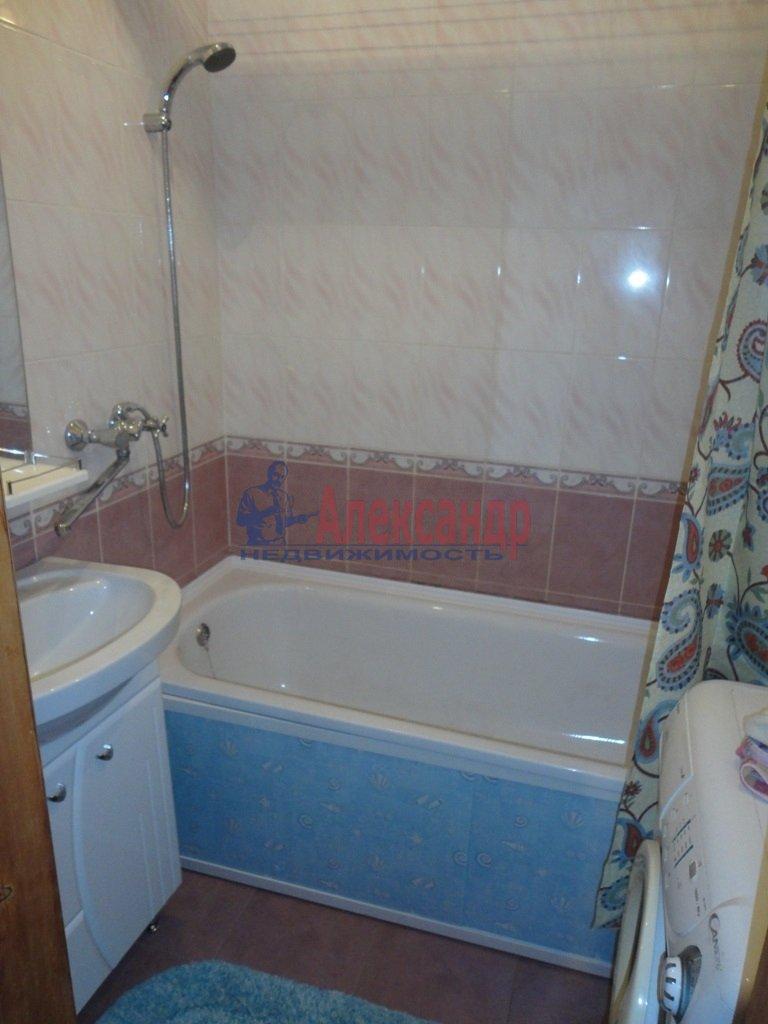 1-комнатная квартира (37м2) в аренду по адресу 2 Муринский пр., 31— фото 3 из 6