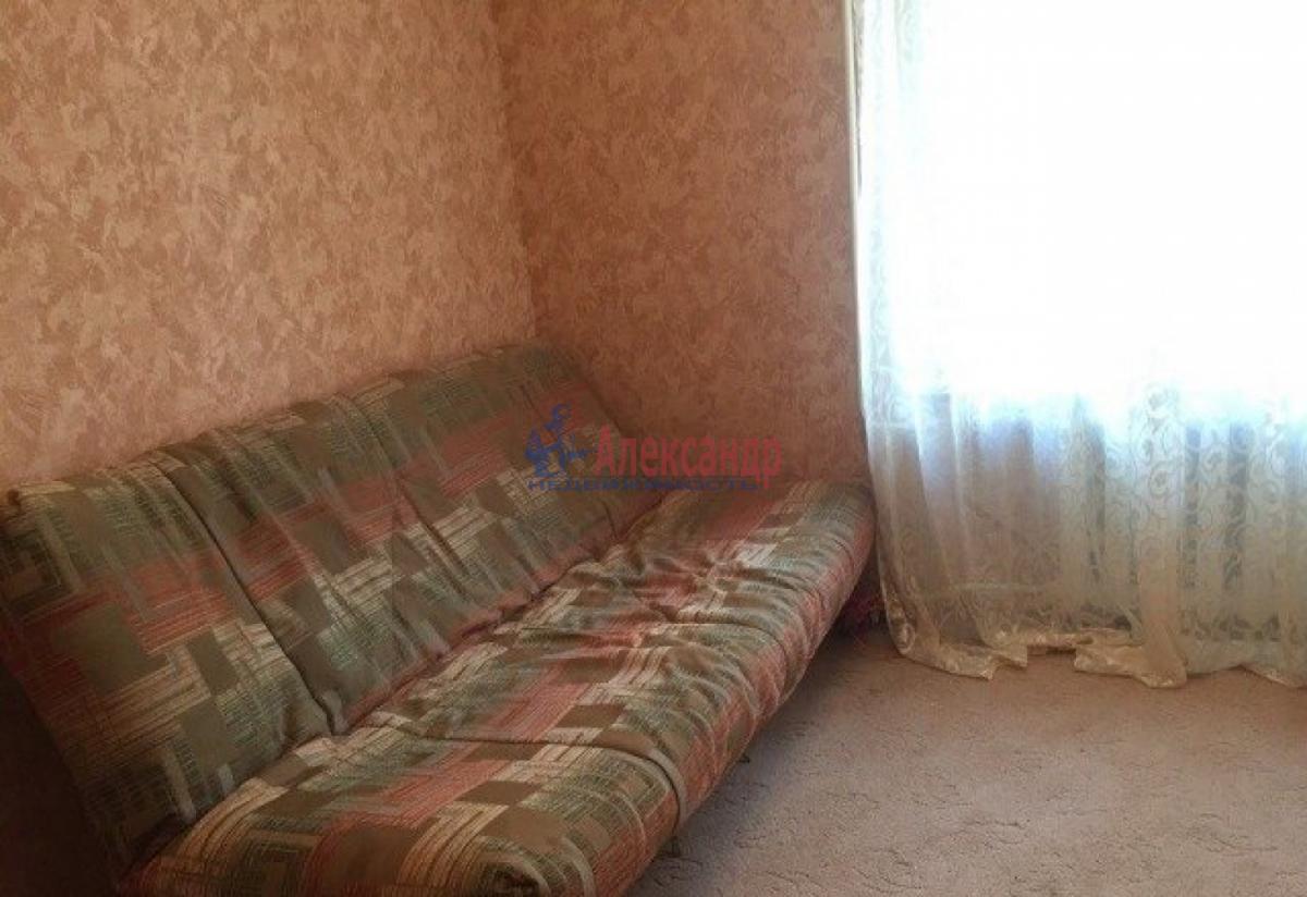 Комната в 2-комнатной квартире (48м2) в аренду по адресу Малый В.О. пр., 41— фото 1 из 5