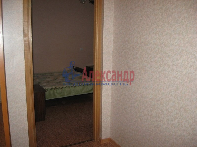 1-комнатная квартира (40м2) в аренду по адресу 1 Муринский пр., 11— фото 3 из 4