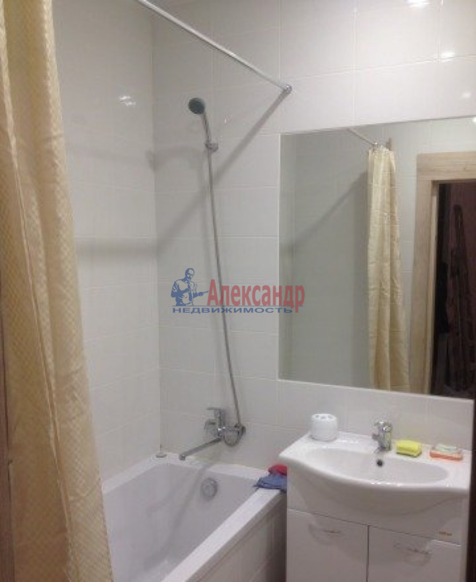 1-комнатная квартира (37м2) в аренду по адресу Славы пр., 21— фото 5 из 5