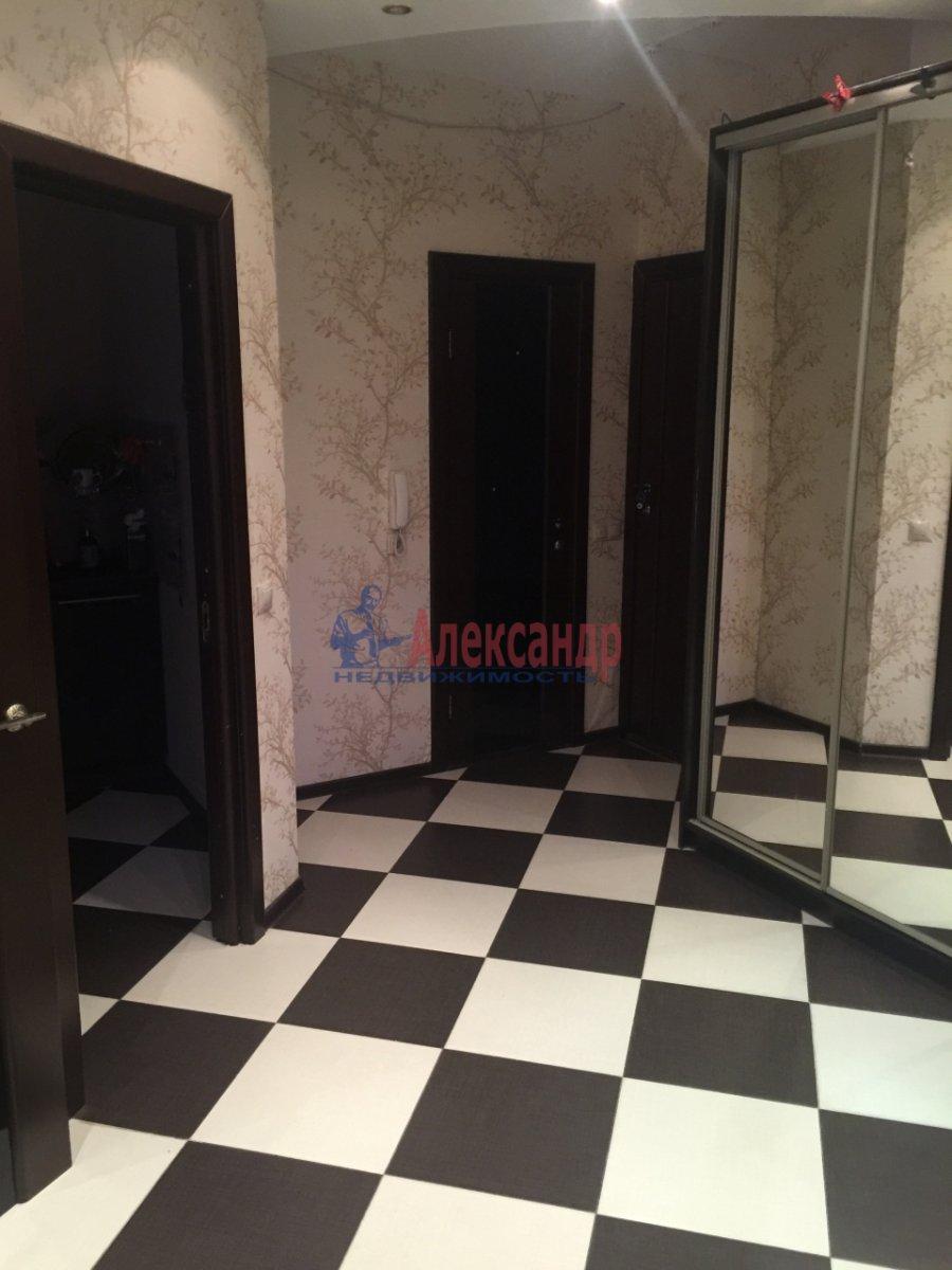 2-комнатная квартира (65м2) в аренду по адресу Богатырский пр., 60— фото 1 из 17