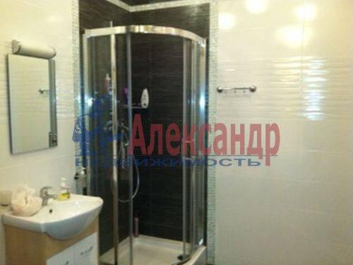 3-комнатная квартира (98м2) в аренду по адресу Савушкина ул., 127— фото 3 из 8