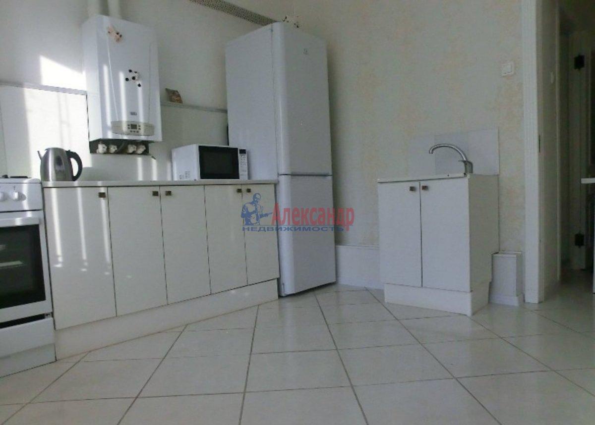 1-комнатная квартира (40м2) в аренду по адресу Просвещения пр., 52— фото 1 из 3