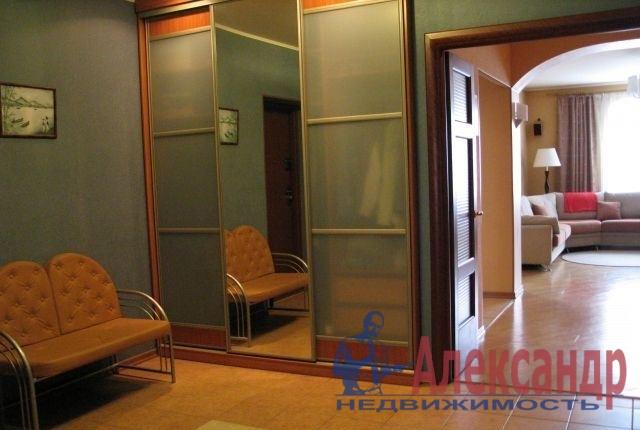 2-комнатная квартира (80м2) в аренду по адресу Марата ул., 35— фото 3 из 5