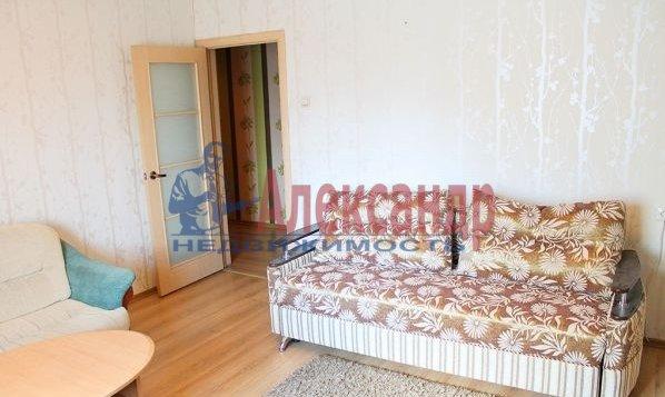 Комната в 2-комнатной квартире (60м2) в аренду по адресу Бассейная ул., 45— фото 2 из 3
