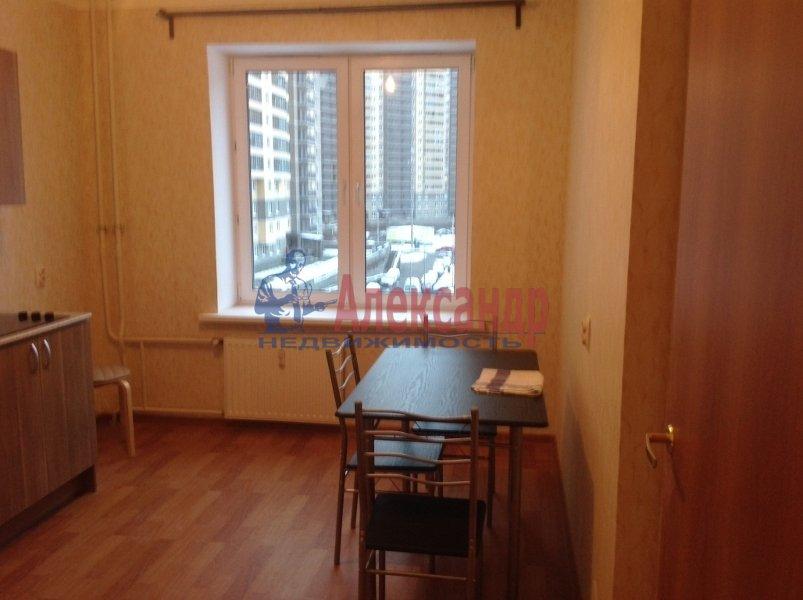 1-комнатная квартира (41м2) в аренду по адресу Парголово пос., Федора Абрамова ул., 161— фото 1 из 7