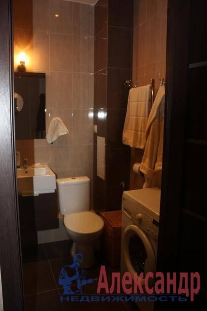 1-комнатная квартира (40м2) в аренду по адресу Ветеранов пр., 75— фото 1 из 7