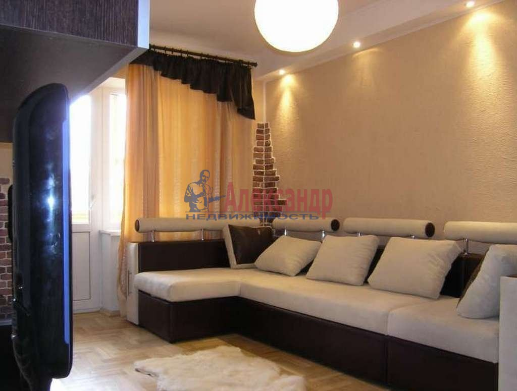2-комнатная квартира (41м2) в аренду по адресу Дунайский пр., 14— фото 1 из 4