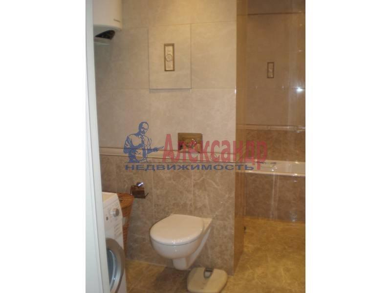 2-комнатная квартира (63м2) в аренду по адресу Большой Сампсониевский пр., 51— фото 4 из 5