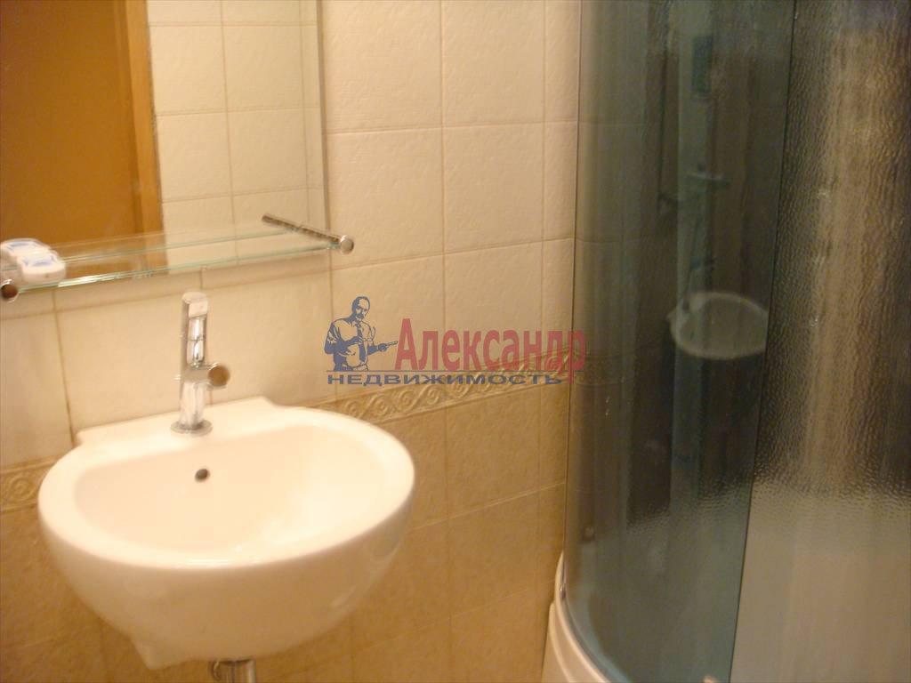 2-комнатная квартира (40м2) в аренду по адресу Дворцовая наб., 14— фото 5 из 5