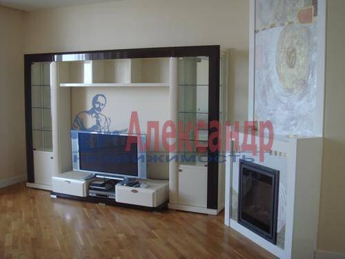 3-комнатная квартира (110м2) в аренду по адресу Комендантская пл., 6— фото 6 из 12