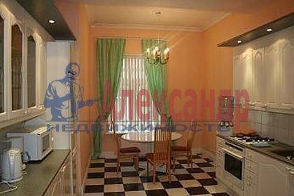 3-комнатная квартира (126м2) в аренду по адресу Канала Грибоедова наб., 10— фото 3 из 6
