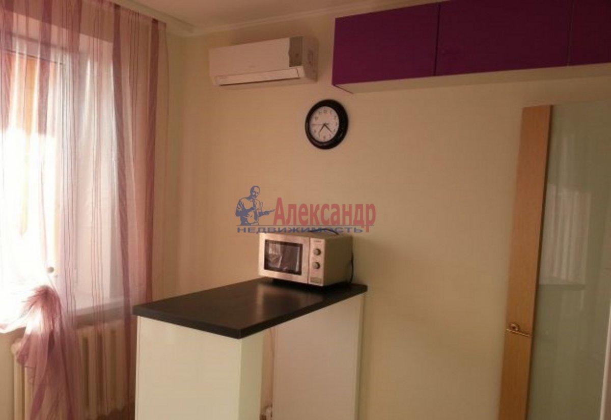 1-комнатная квартира (40м2) в аренду по адресу Яхтенная ул., 42— фото 3 из 3