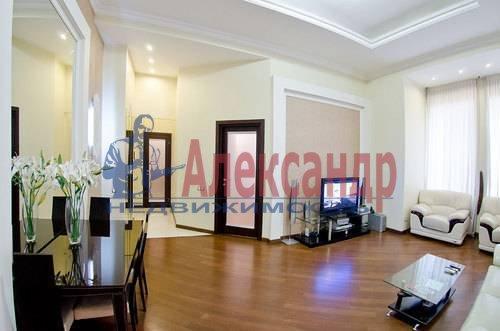 3-комнатная квартира (132м2) в аренду по адресу Реки Фонтанки наб., 40— фото 9 из 11