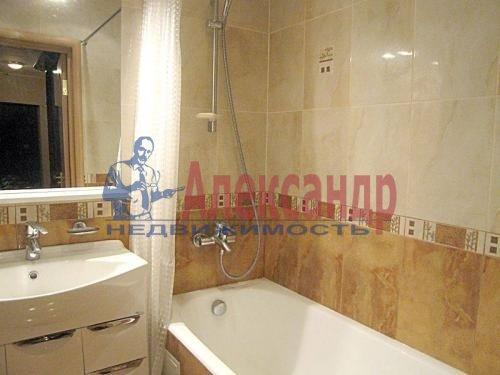 1-комнатная квартира (42м2) в аренду по адресу Науки пр., 19— фото 3 из 3