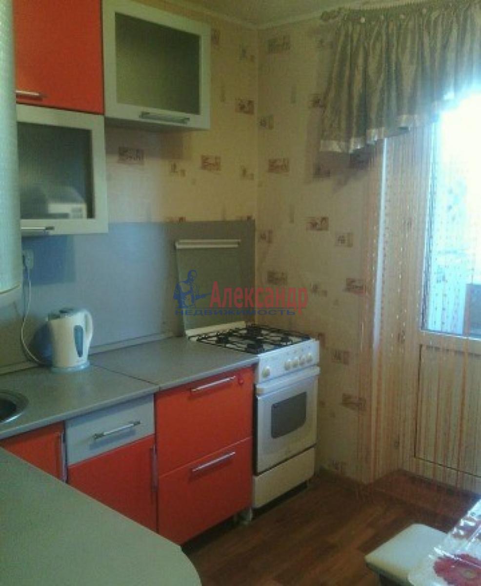 1-комнатная квартира (35м2) в аренду по адресу Нарвский пр., 14— фото 4 из 8