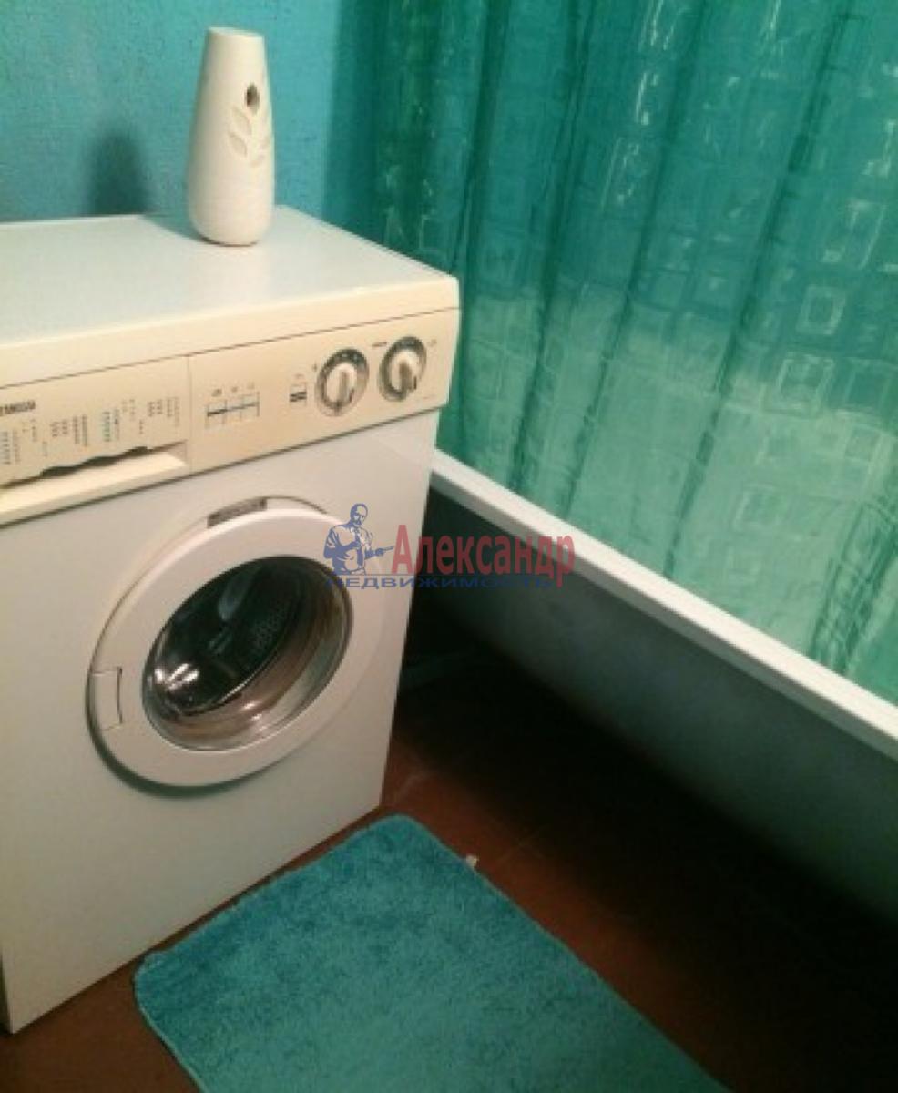 1-комнатная квартира (33м2) в аренду по адресу Зины Портновой ул., 25— фото 6 из 7