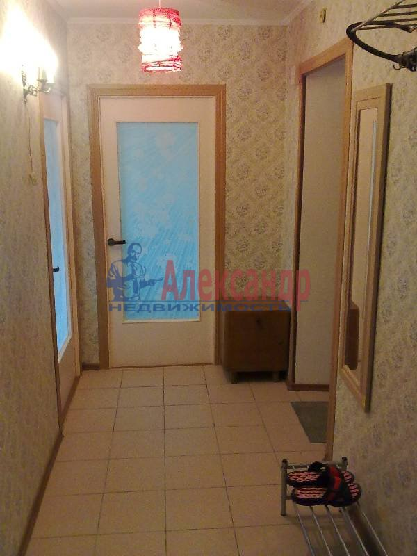 2-комнатная квартира (54м2) в аренду по адресу Ленинский пр., 119— фото 3 из 7