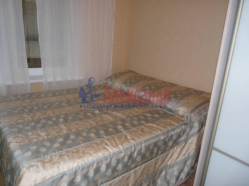 2-комнатная квартира (60м2) в аренду по адресу Коллонтай ул., 15— фото 4 из 6