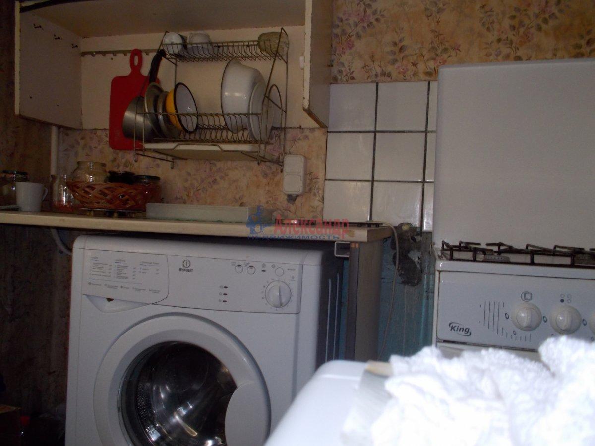 Комната в 3-комнатной квартире (53м2) в аренду по адресу Черкасова ул.— фото 4 из 4