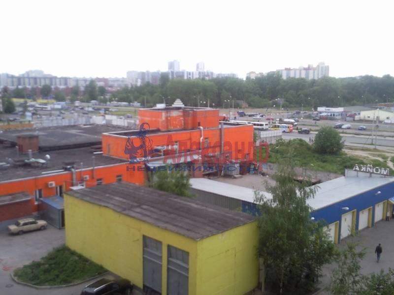 2-комнатная квартира (58м2) в аренду по адресу Репищева ул., 15— фото 5 из 15
