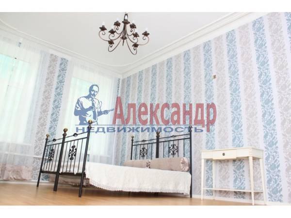 3-комнатная квартира (80м2) в аренду по адресу 6 Красноармейская ул., 12— фото 2 из 9