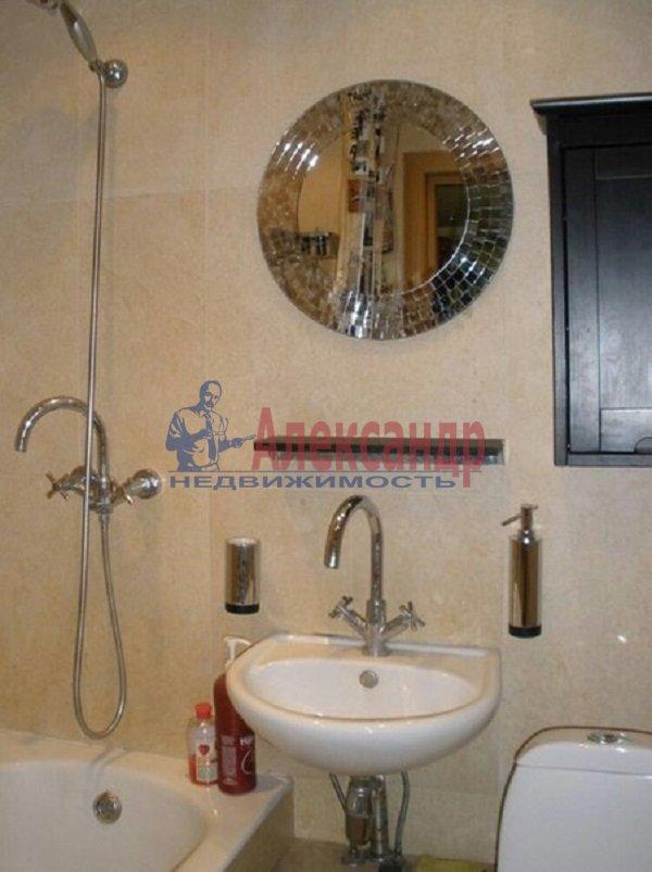 1-комнатная квартира (35м2) в аренду по адресу Богатырский пр., 30— фото 3 из 3