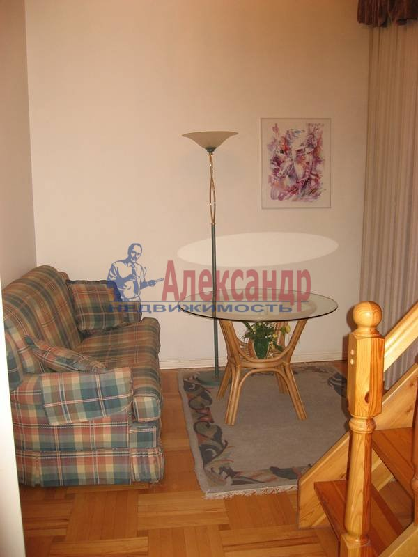 4-комнатная квартира (160м2) в аренду по адресу Рубинштейна ул., 3— фото 10 из 23