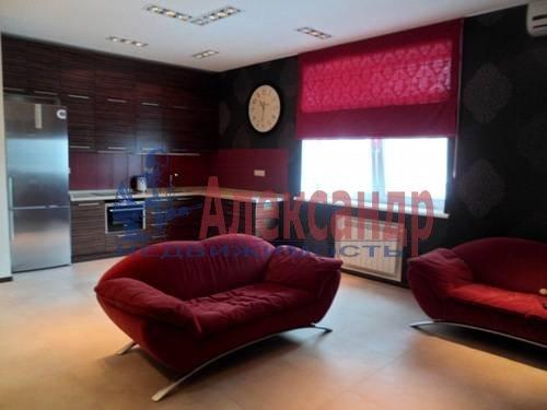 2-комнатная квартира (85м2) в аренду по адресу Детская ул., 18— фото 1 из 7