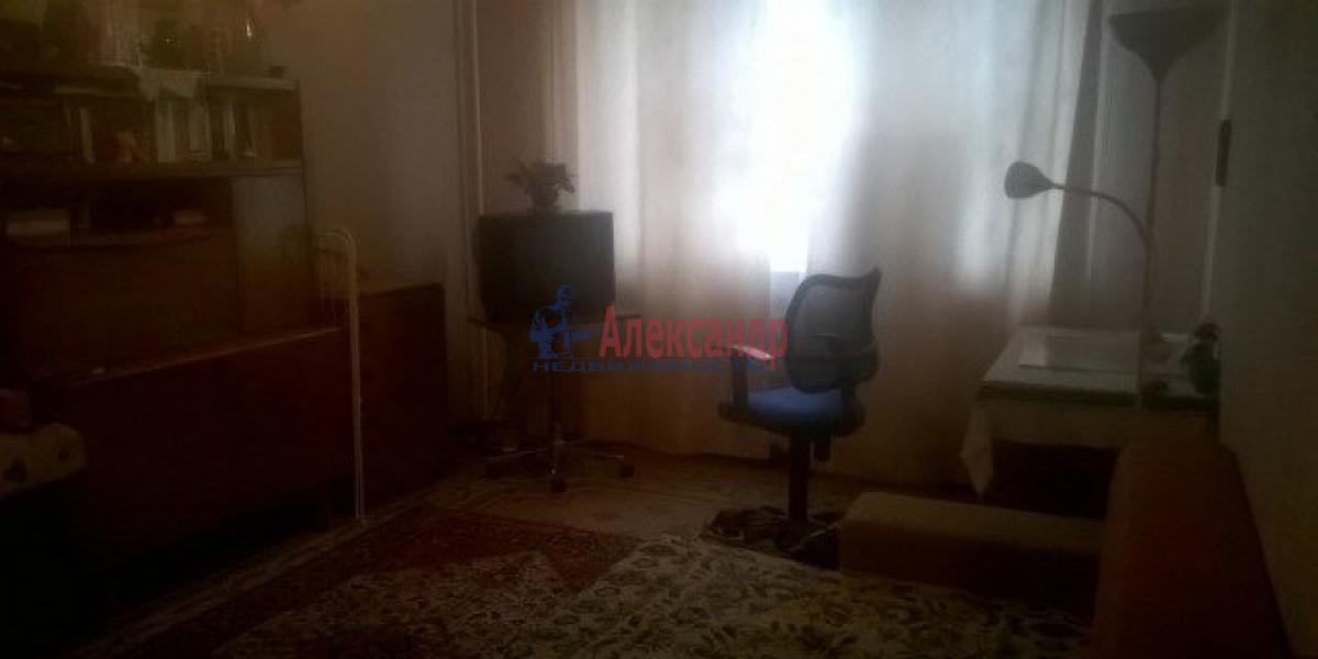 Комната в 2-комнатной квартире (45м2) в аренду по адресу Серпуховская ул., 7— фото 1 из 3