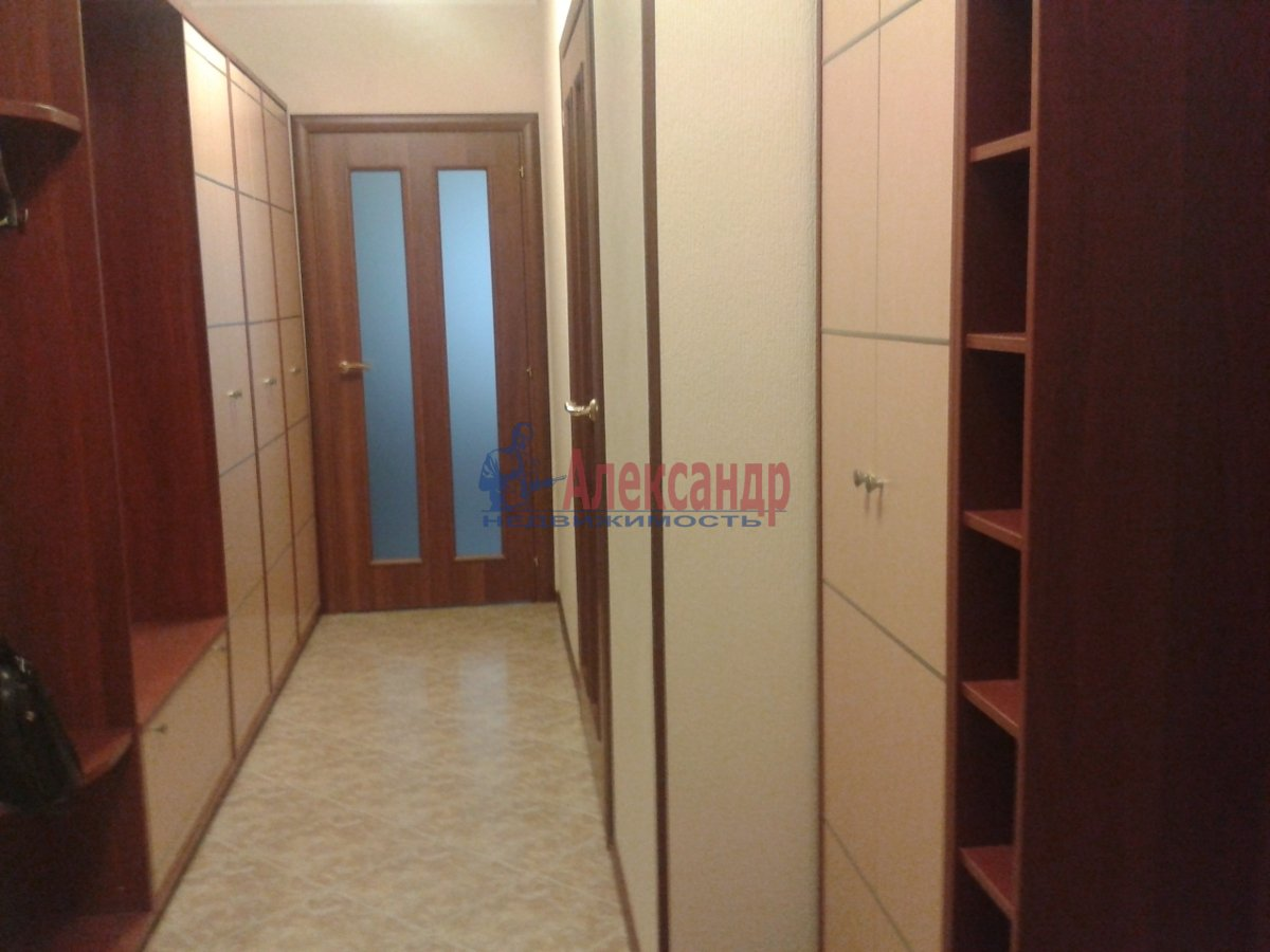 2-комнатная квартира (56м2) в аренду по адресу Комендантский пр., 40— фото 6 из 7