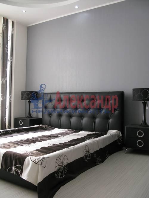 2-комнатная квартира (75м2) в аренду по адресу Новгородская ул., 23— фото 1 из 16