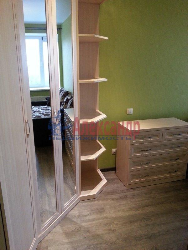 1-комнатная квартира (45м2) в аренду по адресу Софийская ул., 28— фото 2 из 11