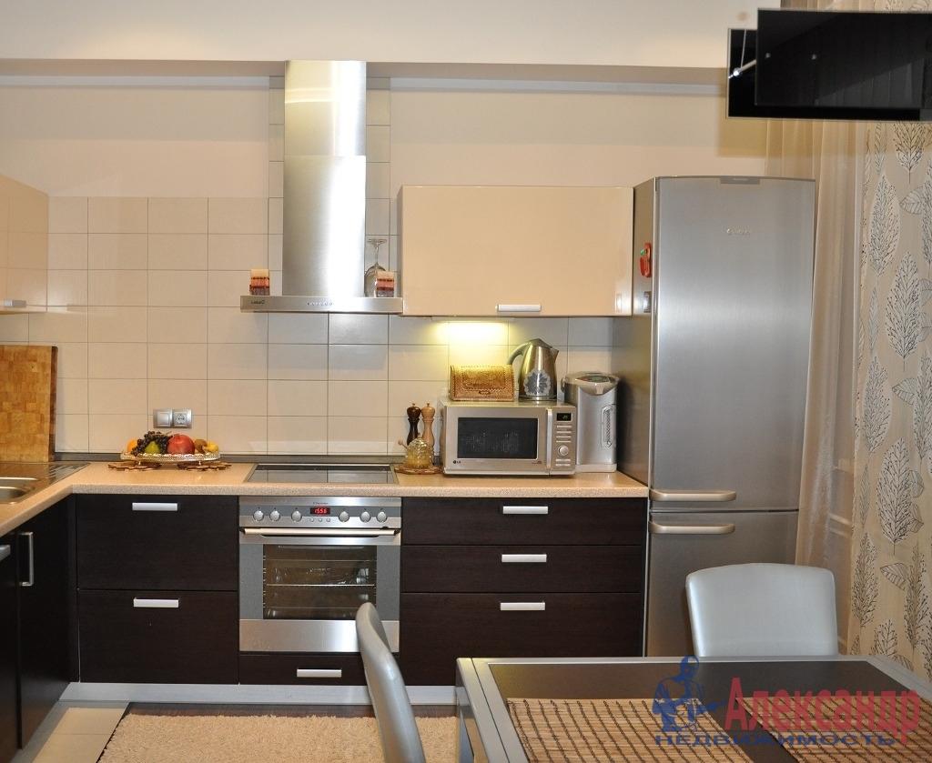 1-комнатная квартира (43м2) в аренду по адресу Подвойского ул., 13— фото 2 из 2