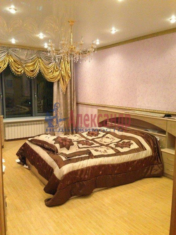 3-комнатная квартира (120м2) в аренду по адресу Выборг г., Московский просп., 9— фото 5 из 6