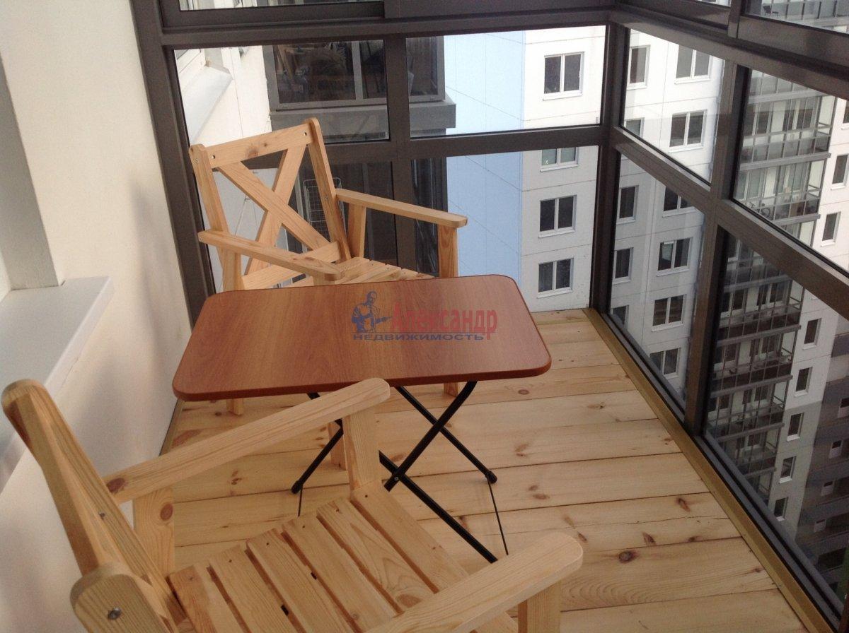 1-комнатная квартира (49м2) в аренду по адресу Мурино пос., Привокзальная пл., 3— фото 8 из 8