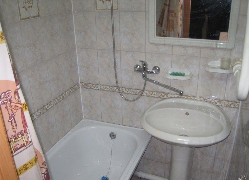 Комната в 2-комнатной квартире (61м2) в аренду по адресу Академика Лебедева ул., 9— фото 3 из 3