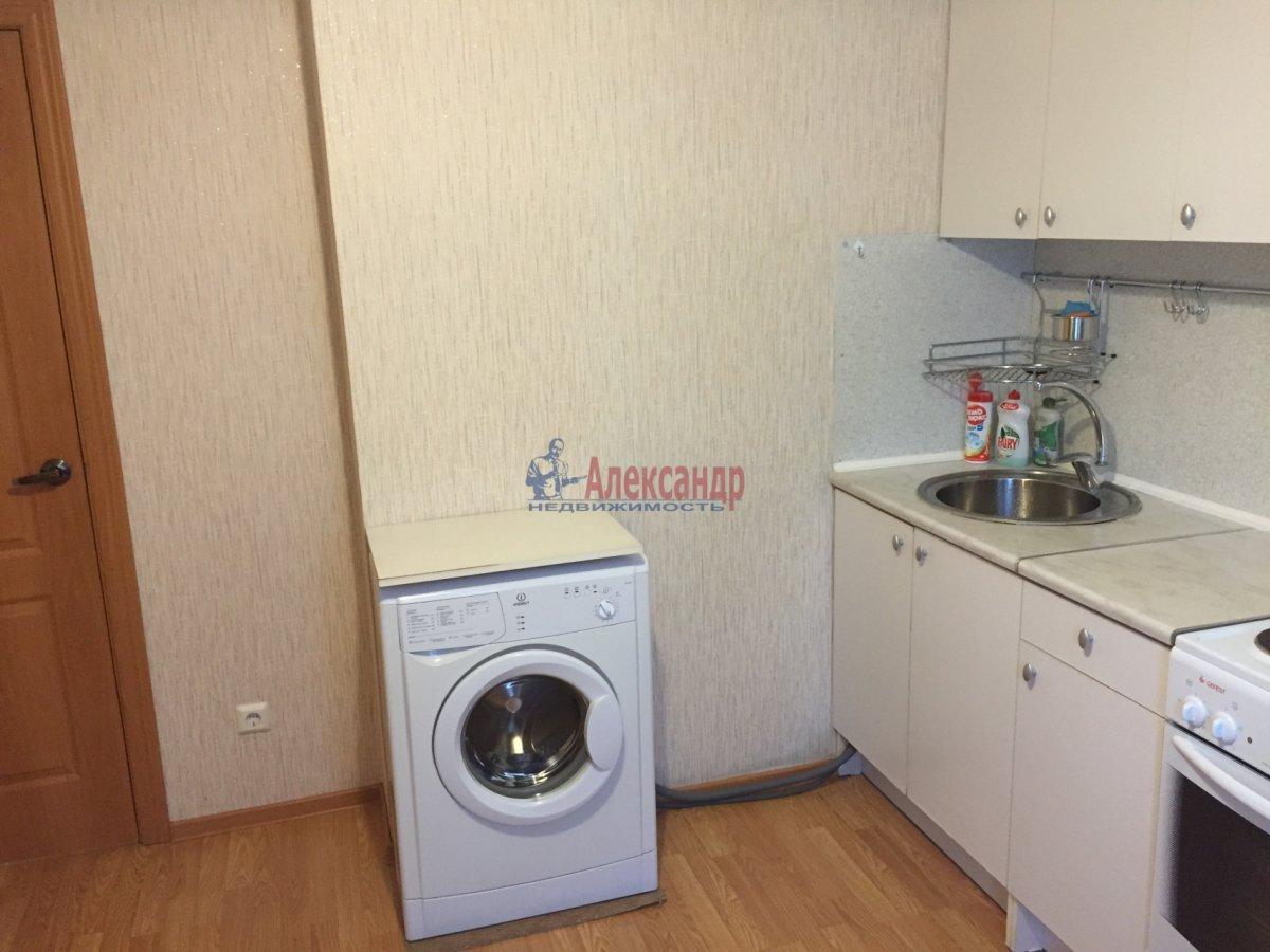 1-комнатная квартира (39м2) в аренду по адресу Шаврова ул., 13— фото 8 из 10