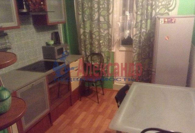1-комнатная квартира (39м2) в аренду по адресу Малый В.О. пр., 65— фото 4 из 4