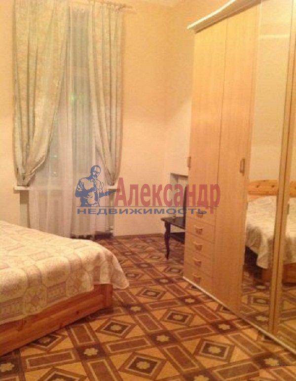 2-комнатная квартира (59м2) в аренду по адресу Новочеркасский пр., 32— фото 1 из 5