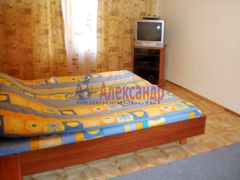 Комната в 3-комнатной квартире (78м2) в аренду по адресу Серебристый бул., 13— фото 1 из 4