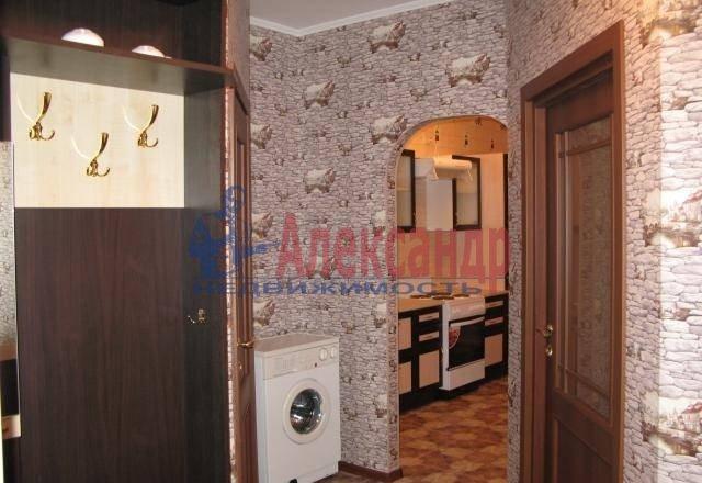 1-комнатная квартира (50м2) в аренду по адресу Шкиперский проток, 20— фото 2 из 5