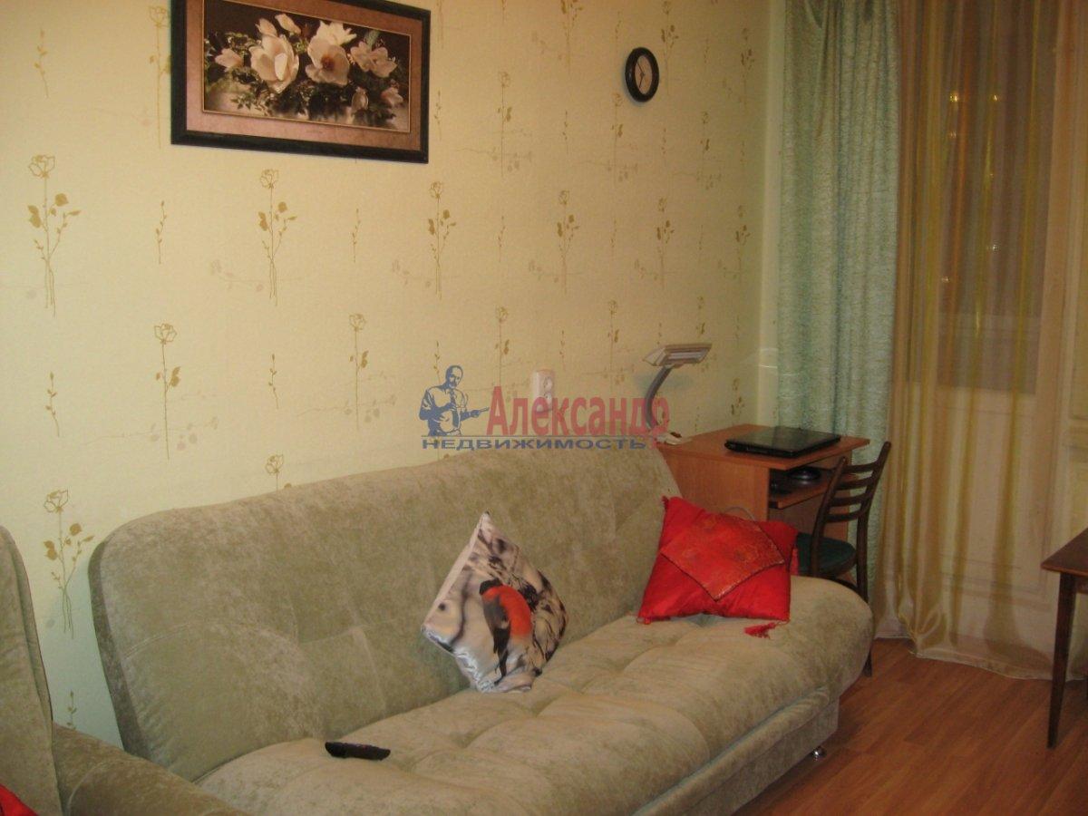 1-комнатная квартира (40м2) в аренду по адресу Шкапина ул., 9— фото 1 из 2