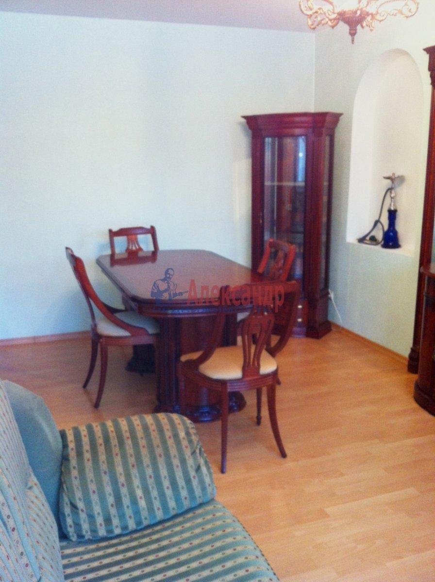 3-комнатная квартира (105м2) в аренду по адресу Малая Конюшенная ул., 5— фото 2 из 6