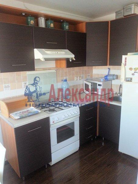 2-комнатная квартира (65м2) в аренду по адресу Конный пер., 1— фото 4 из 8