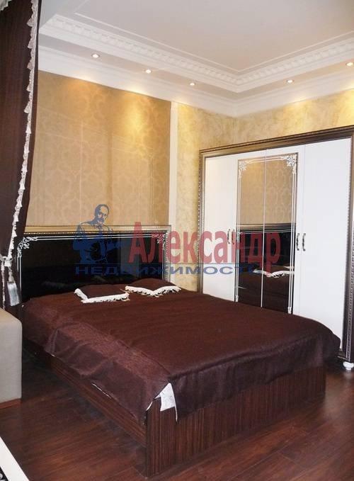 2-комнатная квартира (67м2) в аренду по адресу Счастливая ул., 14— фото 10 из 11