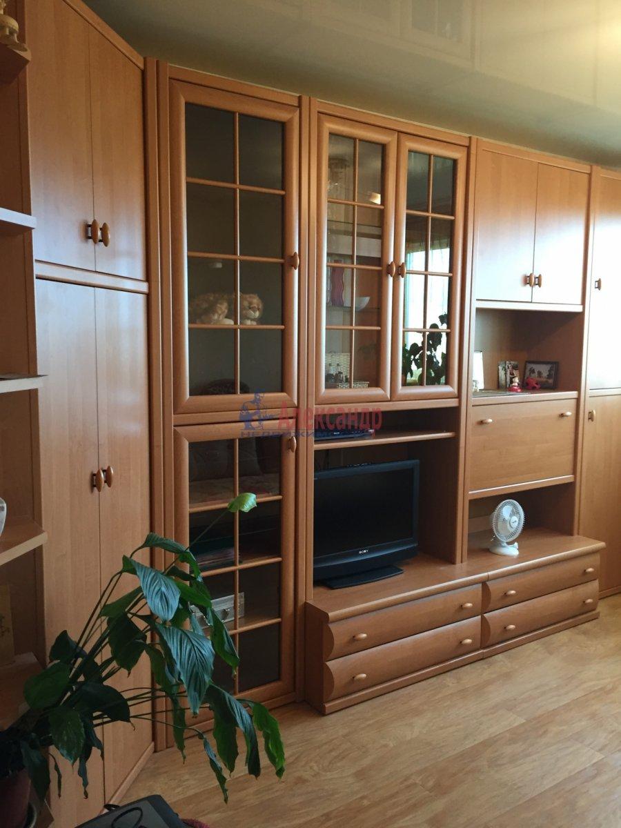1-комнатная квартира (32м2) в аренду по адресу Науки пр., 7— фото 1 из 2